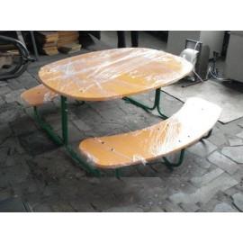 Стол со скамьями уличный